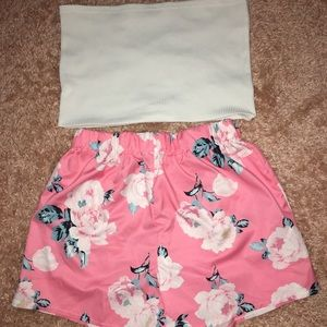 White ribbed bandeau top with flower shorts